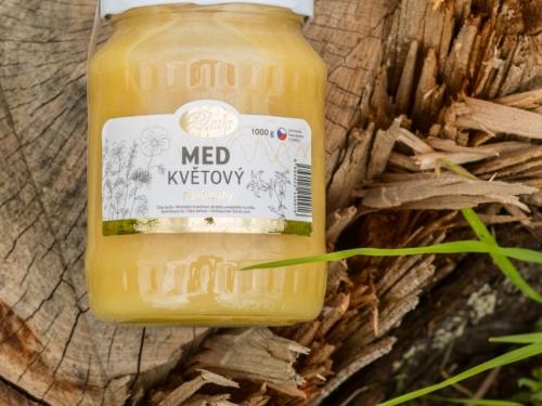 81_Med_kvetovy_pastovany_1kg_1920px-5
